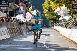 Vincenzo Nibali of Astana Pro Team on the finish line of​ the ​​Il Lombardia ​cycling ​race, over 245 km from Bergamo to ​Como, Italy, 4 ​October ​2015.​ ANSA/ANGELO CARCONI