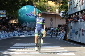 Giro dell'Emilia 2016 - Bologna - Bologna - 213 km - 24/09/2016 - Johan Esteban Chaves (Orica GreenEDGE) - foto RobertoBettini/BettiniPhoto©2016